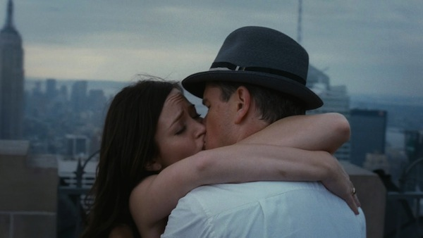 The-Adjustment-Bureau-kiss