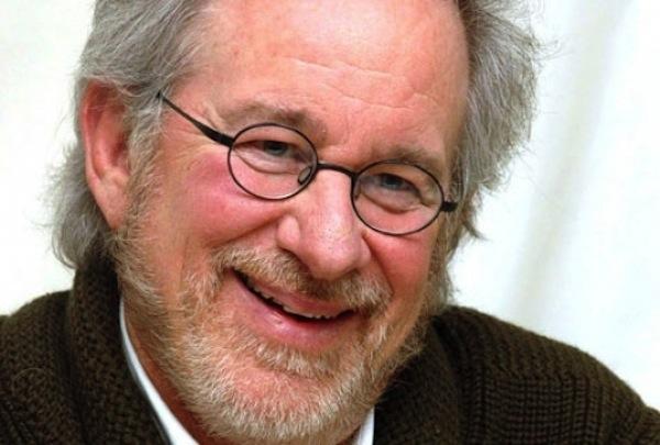 Les-Bee-Gees-un-biopic-par-Steven-Spielberg_portrait_w532