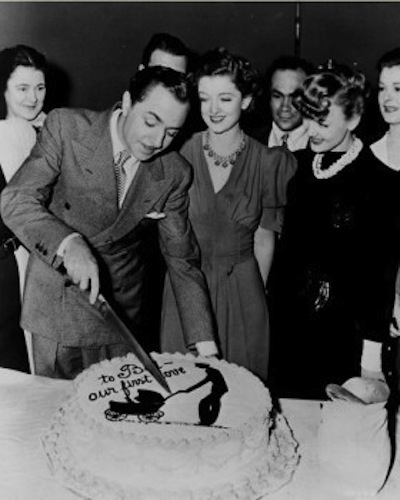 William-Powell-and-Myrna-Loy-celebrate-Powells-birthday-on-the-set-of-Another-Thin-Man-1938-280x350