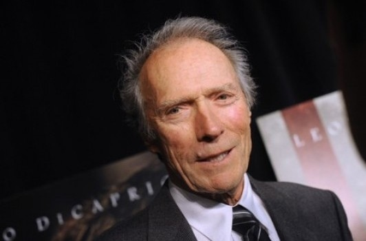 Mrs-Eastwood-Company-la-famille-de-Clint-Eastwood-dans-une-telerealite-pour-E-!-Entertainment_portrait_w532