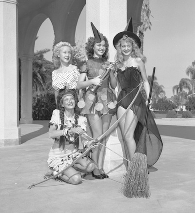 Slick_Chicks_Halloween_1947