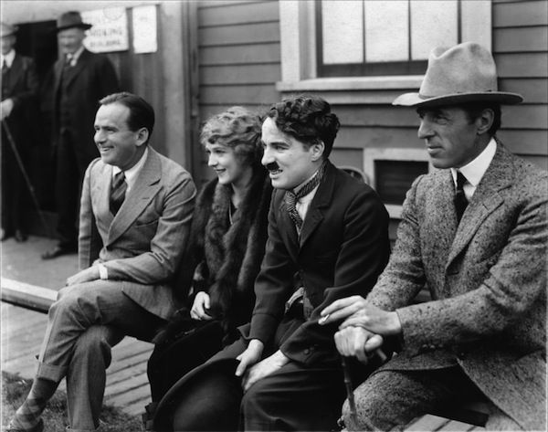 Charlie-Chaplin-Douglas-Fairbanks-and-Mary-Pickford-silent-movies-13775711-1600-1260