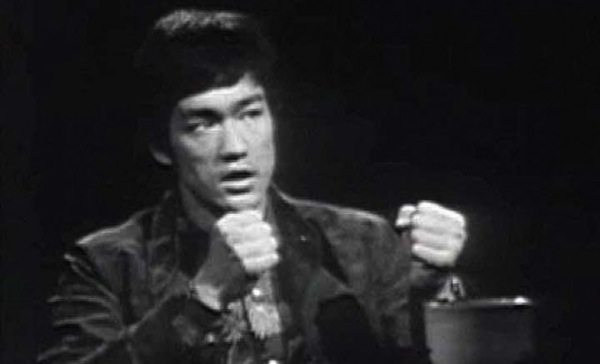 bruce-lee-interview-535x325