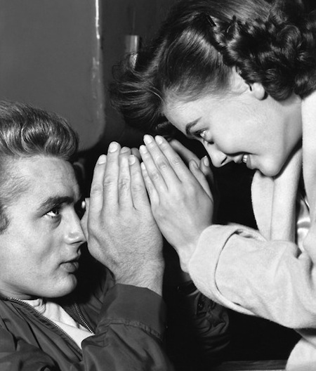 james-dean-and-natalie-wood-having-fun-on-the-set-of-rebel-without-a-cause-1955
