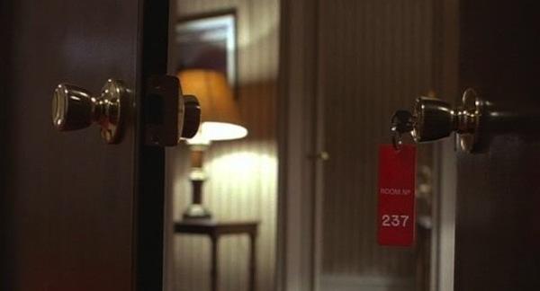 room-237porte
