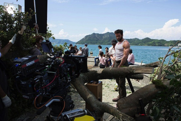 wolverine-behind-the-scenes-no-caterpillar