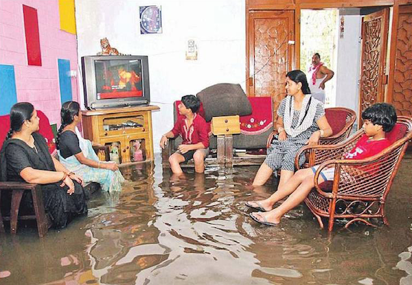 innondation ou pas rien ne les fera rater leur film du dimanche soir