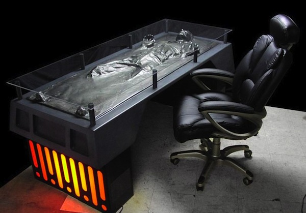 Han-Solo-Carbonite-Desk