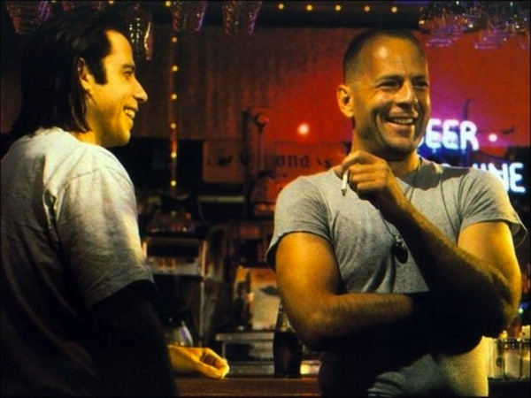 behind-the-scenes-of-pulp-fiction-john-travolta-and-bruce-willis