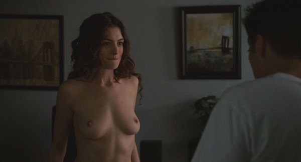 Anne Hathaway - Love and Other Drugs - 3_1