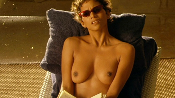 Cloud_Atlas_Star_Halle_Berry_Goes_Sunny_Side_Up