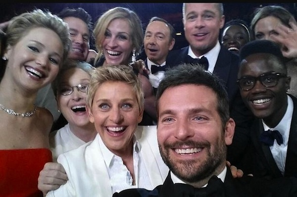 Best-selfie-ever-taken-at-the-2014-Oscars