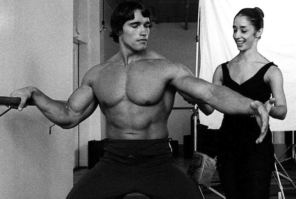 arnold-schwarzenegger-pumping-iron-movie-1976-photo-FC
