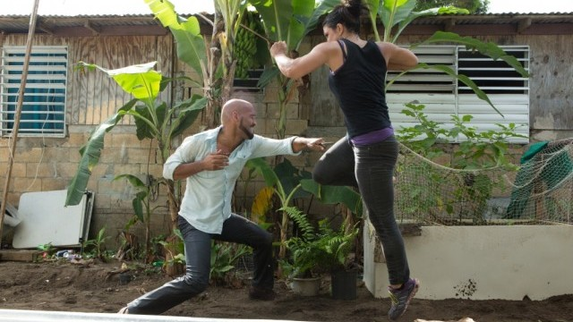 Gina-Carano-and-Amaury-Nolasco-in-out of control