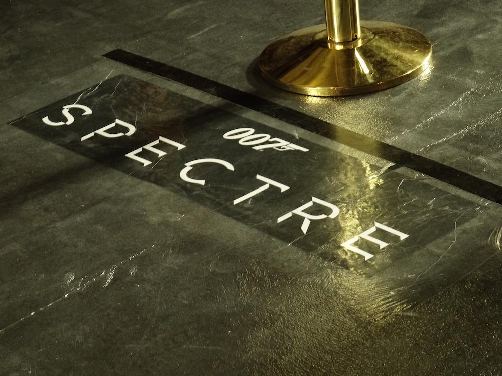 a_spectre_2