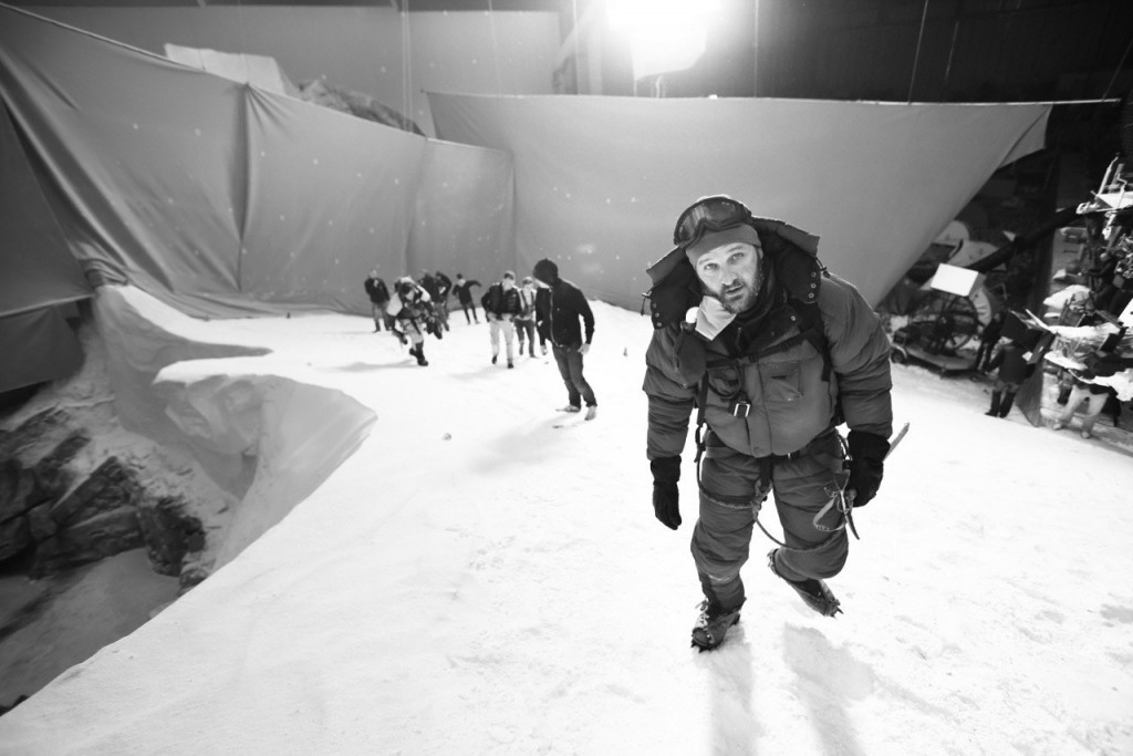everest-movie-jake-gyllenhaal-behind-the-scenes-ss08
