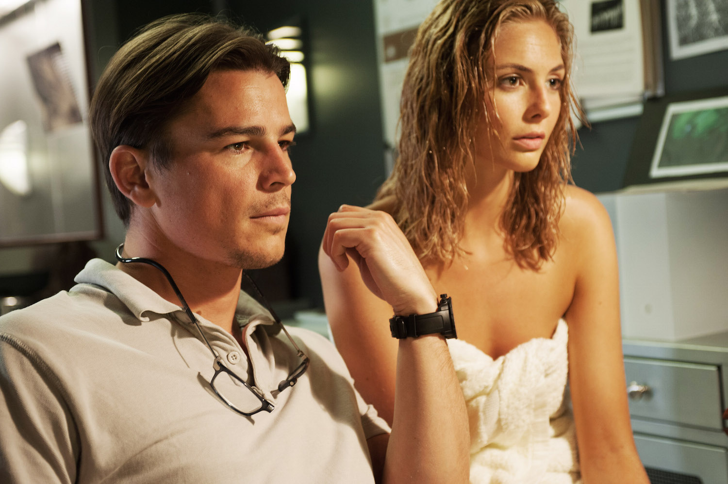 THE LOVERS, from left, Josh Hartnett, Tamsin Egerton, 2015. ph: Liam Daniel/©IFC Films/courtesy