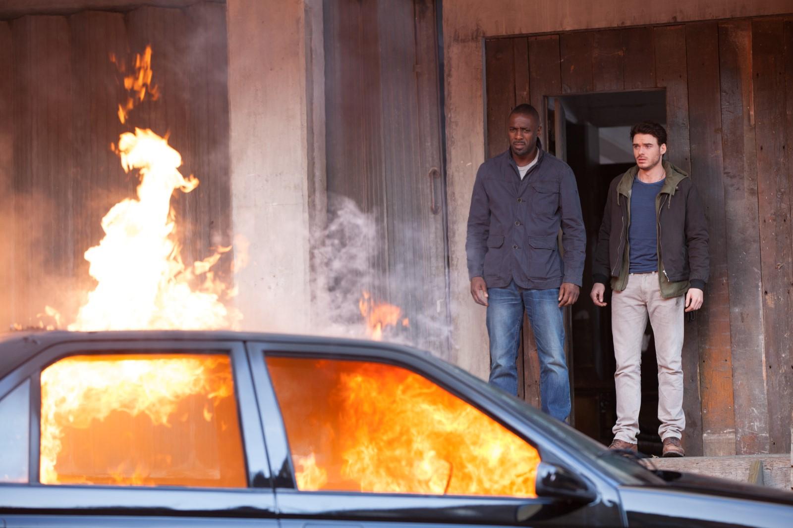 Sean Briar (Idris Elba, l.) und Michael Mason (Richard Madden, r.)