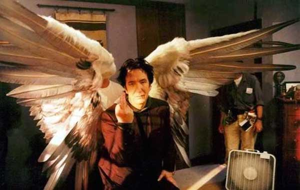 Alan-Rickman-on-the-set-of-Dogma