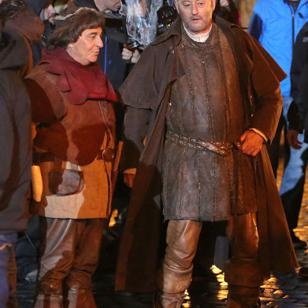 Jean Reno and Christian Clavier shooting night scenes of the next film from the series Les Visiteurs (The Visitors) in Prague/PROFIMEDIA_PROFIMEDIA016/Credit:PROFIMEDIA/SIPA/1506011812