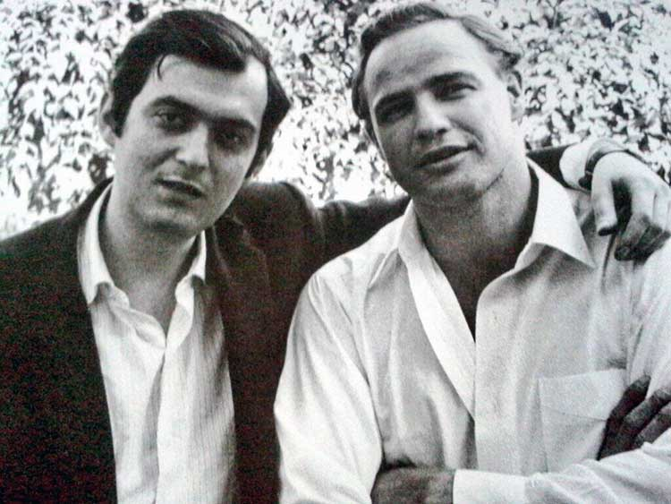 stanley-kubrick-and-marlon-brando-at-kubrick_s-beverly-hills-home-1958