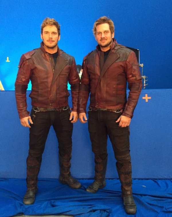 actors-stunt-doubles-on-set-gardiens galaxie 2