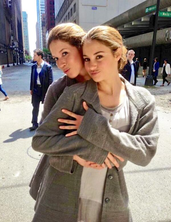 tournage-shailene-woodley-actors-stunt-doubles-on-set-divergent