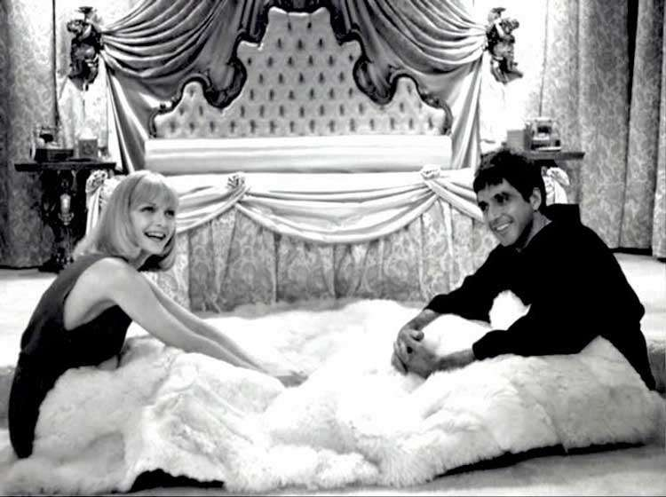 michelle-pfieffer-and-al-pacino-on-set-of-scarface-photo-u1