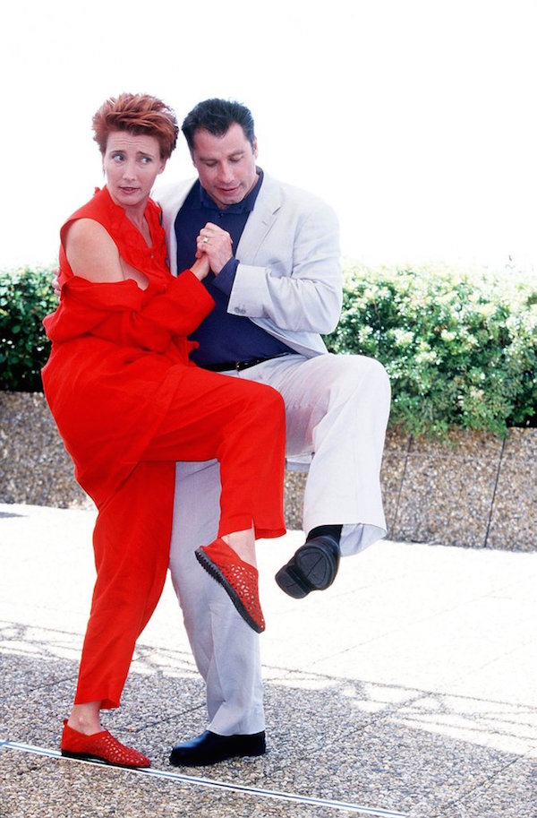 Emma-Thompson-et-John-Travolta-en-1998