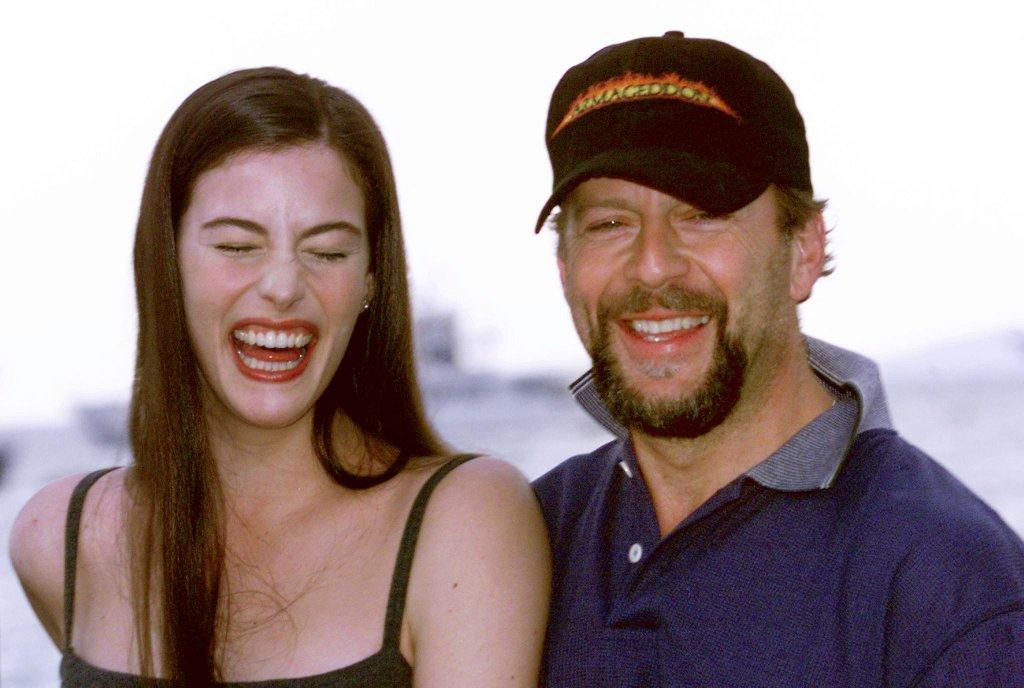Liv-Tyler-et-Bruce-Willis-en-1998