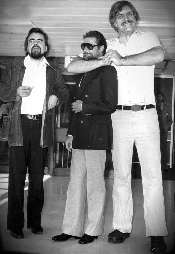 Michael-Lonsdale-Roger-Moore-and-Richard-Kiel-during-the-filming-of-Moonraker