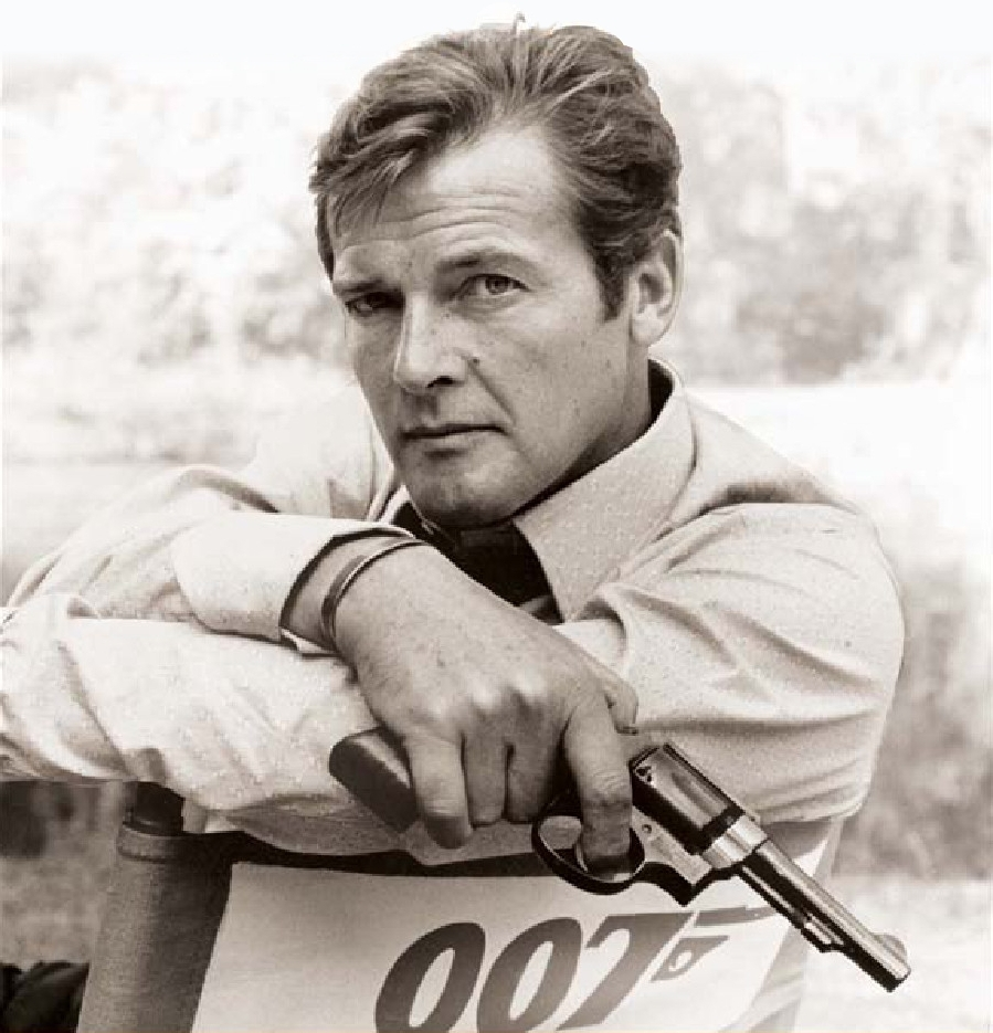 Roger_Moore_Cover_image_from_My_Word_is_My_Bond