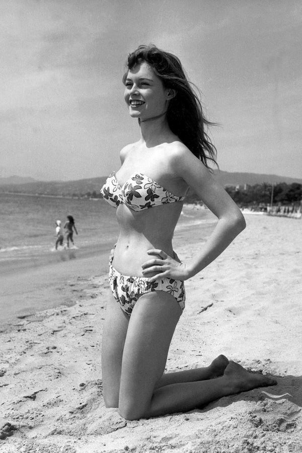 bardot_1953