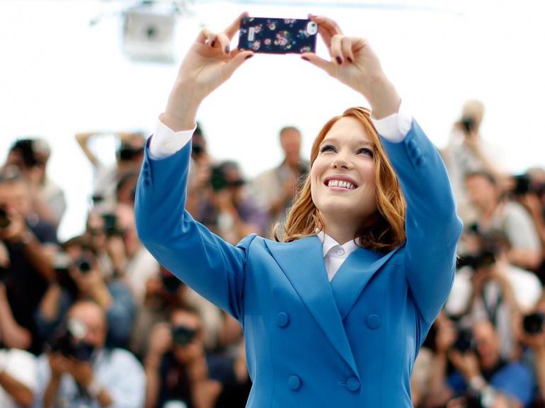 selfie seydoux_selfies_tapis_rouge